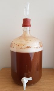 fermenter with spigot and airlock